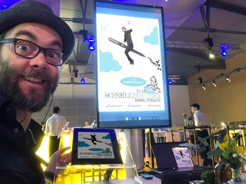 Messezeichner iPad Zeichner Schnellzeichner Karikaturist Frankfurt Daniel Stieglitz